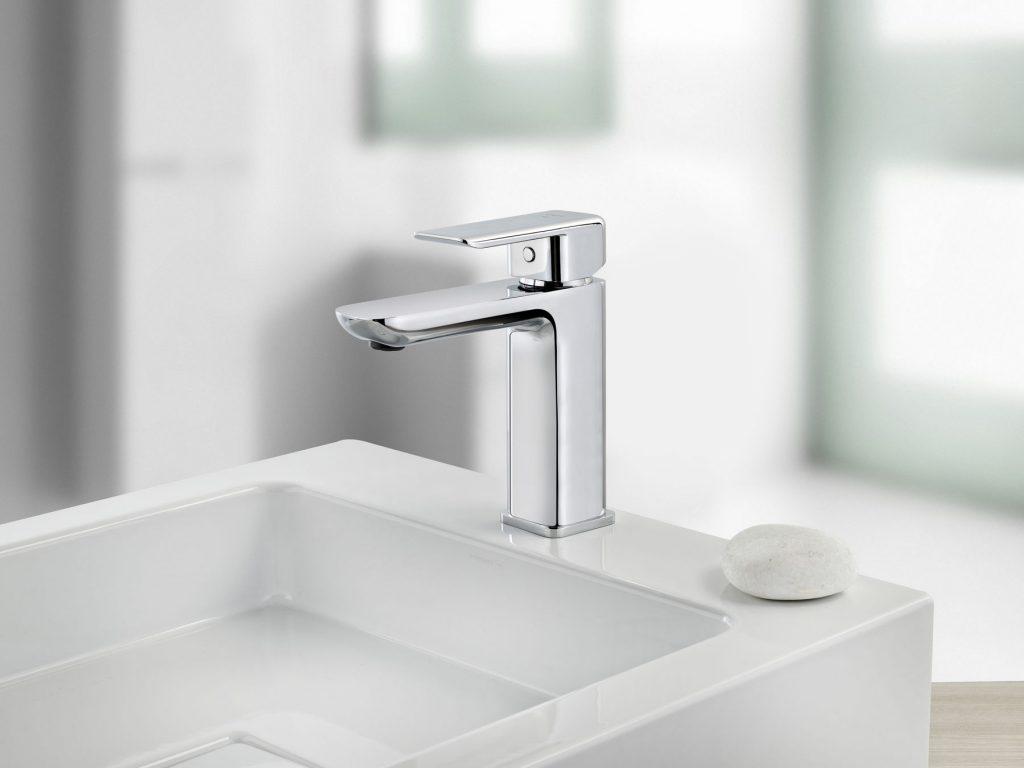 Grifo de lavabo con desagüe automático 94208