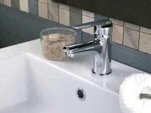 Grifo de lavabo con desagüe automático
